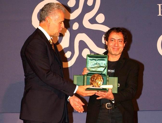 L'ubiquità dell'abito su misura. Premio Lombardia 2006